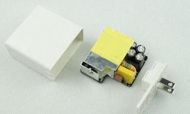 如何規避電源適配器短路等風險?