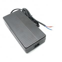 G300-XXXXXX系列鐵鋰電池充電器帶電量顯示